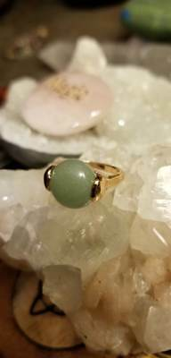 Witch Owned Jade Ring Gold Tone Size 6 Healing Female Toxin Release New