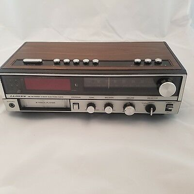 8 Track Player LLoyd's VINTAGE COLLECTIBLE Clock / Radio AM/FM Stereo J248
