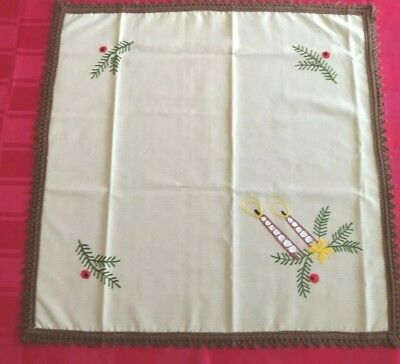 VINTAGE  EMBROIDERED Tan/Brown Square Christmas TABLECLOTH 25x25""