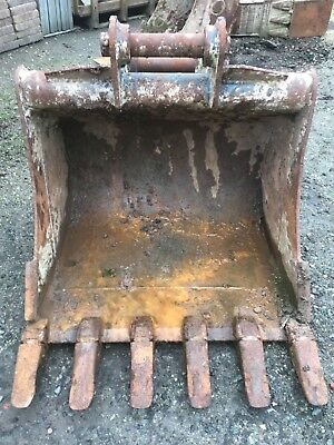 3 ft Digging bucket with 60m pins