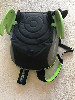 Trunki BoostApak - Travel Backpack  Child Car Booster Seat for Group 2-3 Green