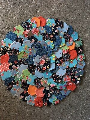 Ready Tacked Selection Of Small Patchwork Hexagons X 100 Brand New