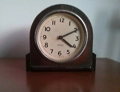 """Old Wooden Mirimar Mantle Clock. 5.25"""" High. Winds up & working, made In GB"""