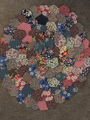 Brand New Ready Tacked Patchwork Hexagons X 100   100% Cottons