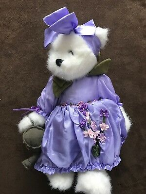 Boyds Bears Laura Bearybloom July 2009 Bear Of The Month