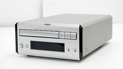 Piano Craft - YAMAHA CDX-E400 CD-Player