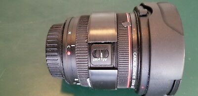 Canon EF 8-15mm f/4 L USM Lens - Only used 4x - Perfect Glass - Hood - Caps