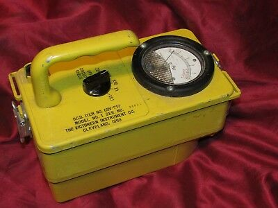 Cold War Civil Defense Beta Gamma Survey Meter Radiation Detector CDV-717