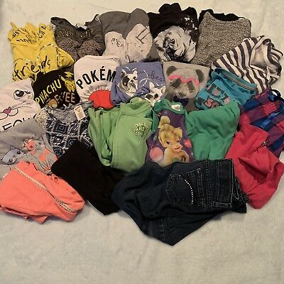 Girls Size 7/8 22 Pc Clothing Lot Includes Tops Jeans PJ's & More!!