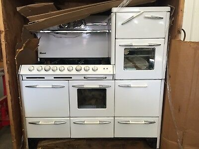 1950s O'Keefe & Merritt Town and Country Stove MAKE ME AN OFFER.  Got To Go!