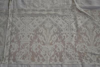 Antiq NEEDLE FILET LACE ITALIAN Figural Finest Linen Tablecloth 62 x 112 12 Naps