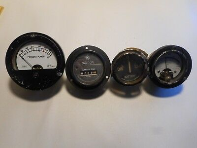 Lot of 4 Gauges  Vintage Industrial Machine Age Decor Steampunk Altered Art used