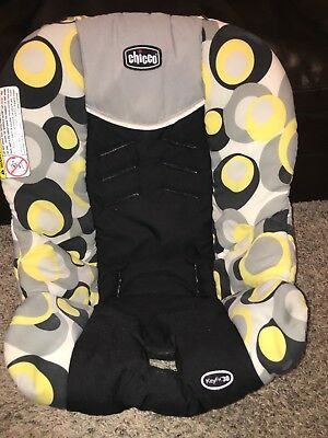 Chicco Keyfit Infant Carseat Cover and Canopy Miro Print