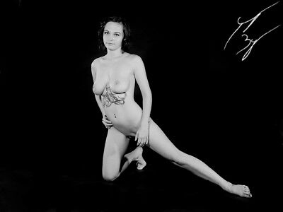 Fine Art nude female figure study 16011- Signed limited edition 8x10
