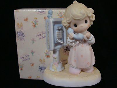 Precious Moments-Girl Talking On Payphone-SO CUTE!!-Limited Edition
