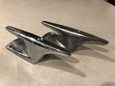 Pair of Vintage Attwood Brass Works 8005 Boat Cleats / Tie Off. Vintage Nautical