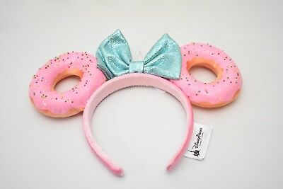 Disney Parks Exclusive Minnie Mickey Ears Donut Pink Blue donut