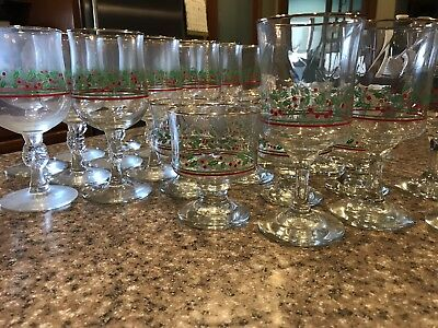 28 Vintage Arby's Libbey Bow Stem Glasses Holly Berry Gold Rim Christmas Holiday