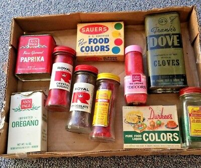 Vintage spices and food colorings
