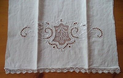 Pretty Vintage Embroidered Cut Work & Lace Huck Guest Towel