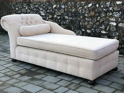 Cream Upholstered Victorian Style Day Bed