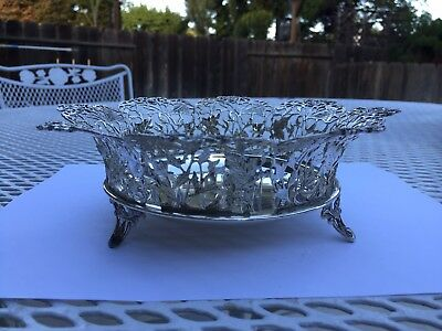 Beautiful Antique Lavorato a mano Italy 925 Sterling Silver Footed Bowl NO monog