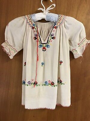 1940's Vintage Rayon Girl's Hand Embroidered Flowers & Smocking (as is) 28 Chest