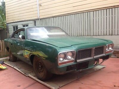CHARGER CHRYSLER VALIANT  RESTORATION PROJECT V8 318 Ford,Holden,coupe