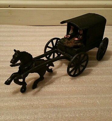 Vintage Cast Iron Metal Amish family Horse drawn carriage Buggy Wagon Toy 1970s