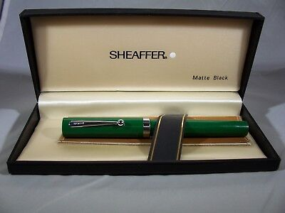 Vintage boxed Sheaffer Green No Nonsense Fountain Pen Made in the USA
