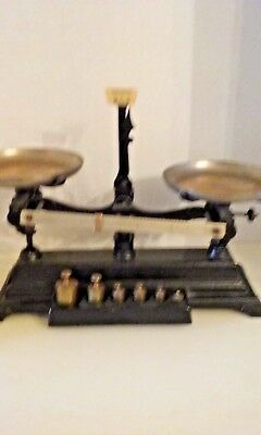 Antique Henry Troemner scale 210  5B