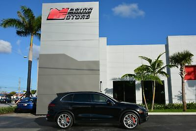 2016 Porsche Cayenne Turbo 2016 CAYENNE TURBO - LOADED WITH OPTIONS - FACTORY WARRANTY