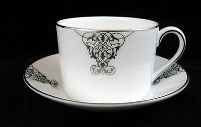 Wedgwood Imperiale Scroll Tazza e Piattino Ceramica di Alta Qualità Mint Balsamo