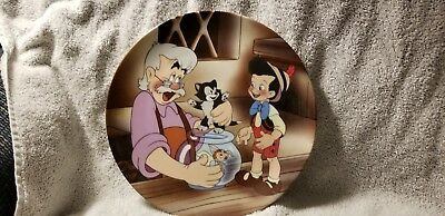Walt Disney Pinocchio collectors plate 5th in series Gepetto Cleo Figaro