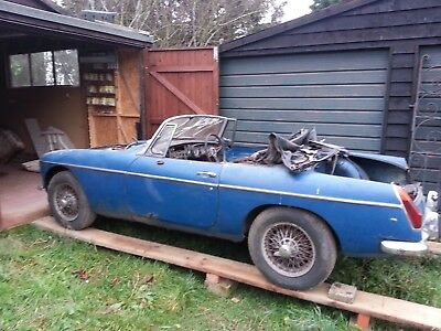 MGB Roadster Convertible restoration project