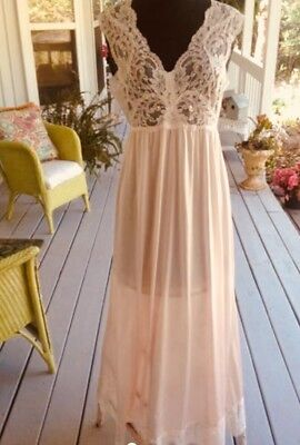 Shadowline Long Soft Pink Lace Bodice Empire Style Nightgown Small