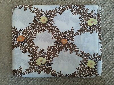 Pair of Vintage/Retro Winfield Funky Double Sheets and matching Pillowcases