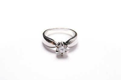 Stunning Engagement Style Ladies Simple Silver Ring with Large Stone (T293)