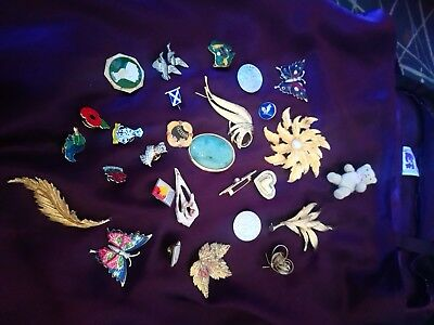 Job lot of vintage brooches badges metal lapel pins charity jewellery