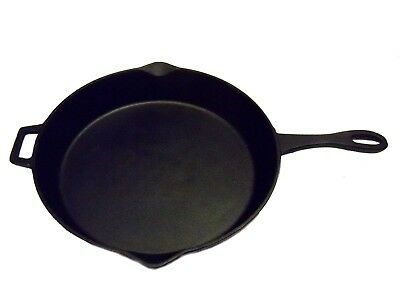 Bayou Classic 12 Inch Cast Iron Skillet
