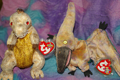 Ty Beanie Babies A Pair of Dinosaurs Toothy and Swoop New with Tags