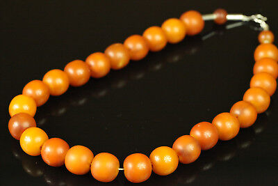 OLD Antique 68.4 gr Butterscotch Egg Yolk Amber Bakelite Beads Necklace B468