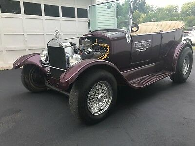 1932 Ford Model T  1932 MODEL T - 350 V8 - AUTOMATIC - RUNS & DRIVES 100% - MUST SEE - FUN CAR!!!