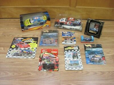 Mixed Lot of 10 Petty Racing NASCAR Collectible Die-Cast Cars Racing Champions