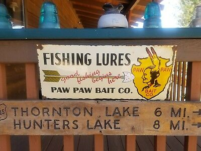"""  Paw Paw bait ""Fishing Lures"" Old vintage ""9×20""  Steel porcelain convx sign."