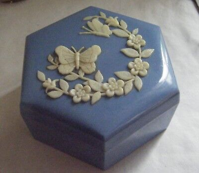 Vintage Blue/white butterfly design plastic trinket /jewellery box.Made in Hong.