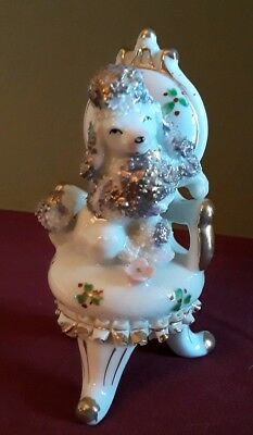 """Vintage 1950's White Poodle On Chair Figurine With Gold Accents 4.5""""  Japan Exc"""