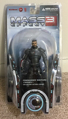 Mass Effect 3 - Series 1 - Commander Shepard (NEW, SEALED - by Big Fish Toys)