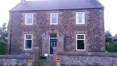 Substancial Georgian farmhouse, with land and padock, located in Northumberland.