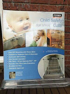 73 - 112cm PERMA Silver Safety Baby/pet Swing Close Security Gate